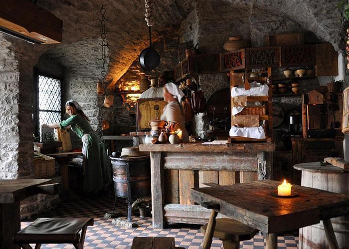 Средневековое кафе Третий дракон - вкусно и не дорого