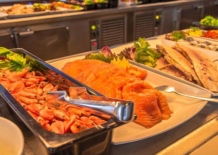 Питание на пароме: рыба и морепродукты