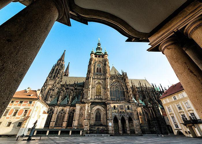 Новогодние туры в Прагу из Минска