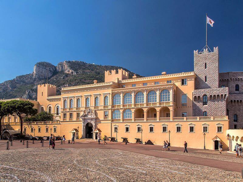 Монако дворец
